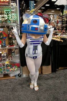 The Lighter Side of the Force: 30 Brilliant Star Wars Crossover Cosplays | 12 of ...