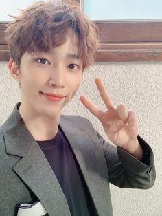 Twitter Update, Jaehyun, Boy Groups, Singing, Shit Happens, Kpop, Music, Bands, Musica