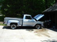 1977 Ford F100 step side short bed. Restored in 2000