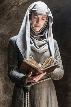 Pin for Later: Watch the Shame Nun (and Other Game of Thrones Characters) Play Heads Up