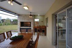 Arquinova Casas - Fredi Llosa. Más info y fotos en www.PortaldeArquitectos.com #casasmodernas