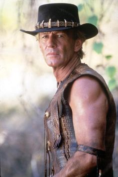 Crocodile Dundee Mandela Effect 80s Movies, Great Movies, Movie Stars, Movie Tv, Iconic Movies, Hollywood Stars, Classic Hollywood, Libra, Still Picture