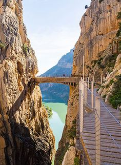 El Caminito del Rey, the most beautiful hiking trail in Andalusia - El Caminito del Rey, the most beautiful hiking trail in Andalusia – the Holiday Discounter - Beautiful Places In The World, Places Around The World, Around The Worlds, Places To Travel, Travel Destinations, Oh The Places You'll Go, Travel List, Travel Goals, Spain And Portugal