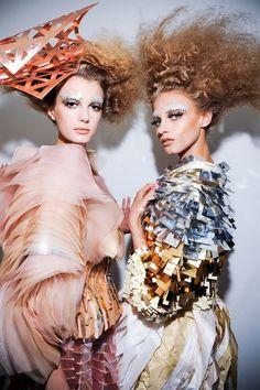 Sigrid Agren and Anna Selezneva...  www.fashion.net