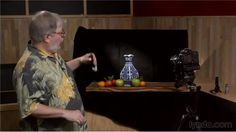 Short tutorial about lighting a still life without expensive flashes