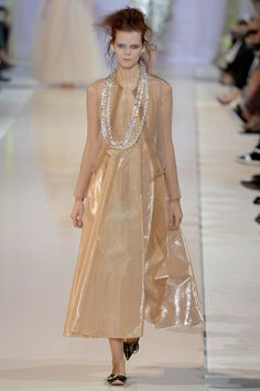 Rochas | Spring 2014 Ready-to-Wear Collection -pretty  pearlescent