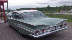 CanadianAutoNetwork.com - 1960 Chevy Impala