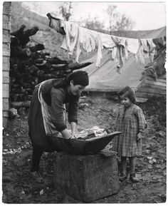 CHIM (DAVID SEYMOUR) [Woman washing laundry by hand, a girl watches, Ioannina, Greece, International Center of Photography. Greece Pictures, Crete Island, Greek History, Vintage Laundry, Magnum Photos, Vintage Pictures, Black And White Photography, Old Photos, The Past