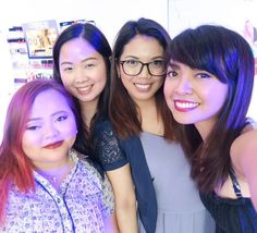 I had so much fun shopping and bonding with these beauties during the #beautybackstageph event! I missed you girls esp. you Celline after how many months!  Please watch my newest vlog and beauty haul link on my profile and join my giveaway! #clozette #genzelgiveaways #genzelbeautyhaul