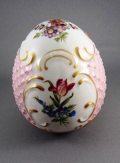 Porcelain Eggs | 1532 German Porcelain Egg Dresden Style Ceramic Art