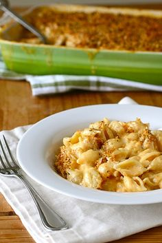 The perfect homemade Mac and Cheese - baked, perfect for a family dinner, BBQ side dish, or potluck addition. ::Annies Eats