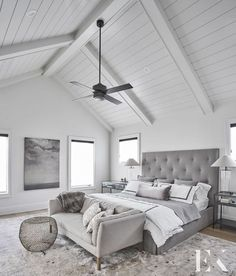 40 Modern Farmhouse with Vaulted Master Suites High vaulted master bedroom ceiling with white paneling and beams Master Bedroom Addition, Dream Master Bedroom, Master Bedroom Design, Master Suite, White Beams, White Paneling, Accent Wall Bedroom, Bedroom Decor, Bedroom Ideas