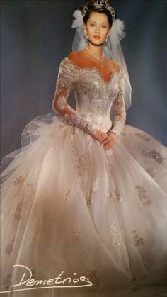 Vintage Wedding Dress Philadelphia Best Of Pin On 80 S Wed Long Wedding Dresses, Designer Wedding Dresses, Bridal Dresses, Wedding Gowns, Gold Wedding, Gorgeous Wedding Dress, Beautiful Dresses, Vintage Gowns, Vintage Bridal