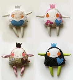little princesses  #felt; direct link: http://mankabymonika.blogspot.co.at/2011/07/ujak.html