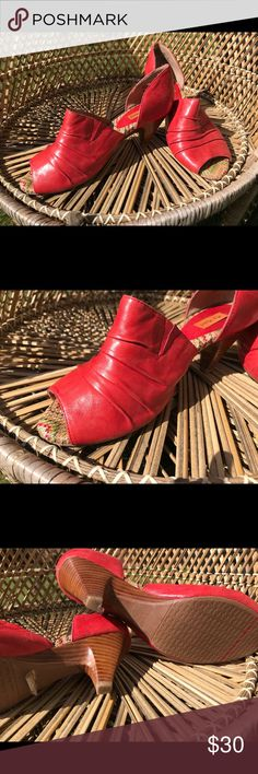 Miz Mooz Vermillion Leather Heels with Wood Heel Perfect for summer, these vibrant low heels are in excellent and comfy to wear. True 8.5. Super buttery soft leather and wood heel. Barely worn (see bottoms) b/c I now stay home with kids. They deserve more love. Miz Mooz Shoes Heels