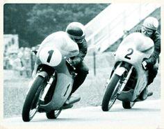 Giacomo Agostini MV Agusta and Mike Hailwood Honda Old School Motorcycles, Racing Motorcycles, Mv Agusta, Steve Brown, Honda, Motorcycle Racers, Road Racing, Motorbikes, Vintage Posters