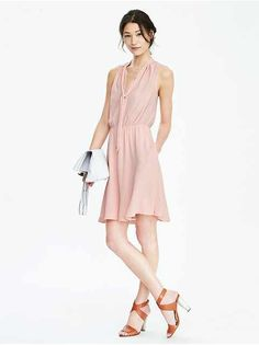 The perfect flow for spring and summer from @bananarepublic