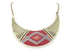 Collar étnico dorado 13,70€ www.cobaltoaccesorios.com  #moda #cobaltoaccesorios  #complementos #tendencias  #collar