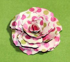 Instructions for making vintage paper flowers - can imagine these for cards, headbands, pins, scrapbooks....