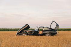 1961 Jaguar E Type FHC