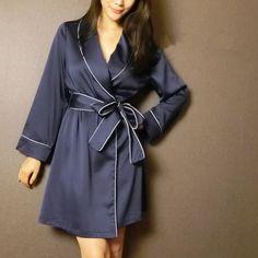 Otoño Nueva llegada bata de lujo femenino de seda atractivo del faux de satén de seda ropa de dormir camisón salón M378 en Túnicas de Ropa y Accesorios de las mujeres en AliExpress.com | Alibaba Group