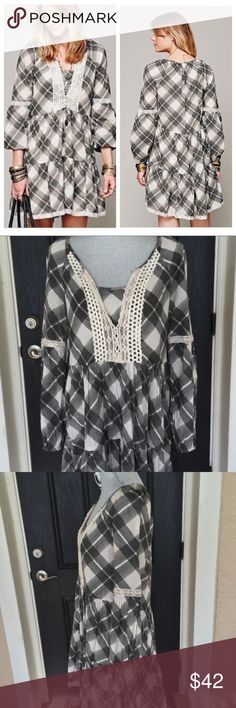 FREE PEOPLE BOHO PEASANT PLAID CONSTANTINE dress FREE PEOPLE BOHO PEASANT BLACK WHITE PLAID CONSTANTINE LACE CROCHET Dress size medium, mint condition 20% off when you purchase more than 1 item from my closet 🚫 trades Free People Dresses