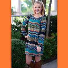 Fab from head to toe!!! Of course the H&O girl is always fashion forward. This dress just came out at the market yesterday and we already have our hands on them! Coming in stock tonight, 8pm cst!!! #fabandflawless #fashionista #newdresses #latesttrends #falldresses #toptrends #tgif   (at http://www.hazelandolive.com)