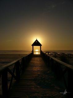 Warm Sun I by KyKE GS, via 500px  Playas de Cádiz