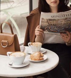 Likes, 116 Comments - Haley Lim Coffee Date, Coffee Cozy, Coffee Break, Planet Coffee, Latte, Confort Food, Tea Cafe, Book Cafe, Fruit Tea