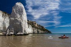 """""""Un monile che si erge verso il cielo"""" #Pizzomunno di #Vieste #Gargano #Puglia via @Italia.it - Official Website for Tourism in Italy"""