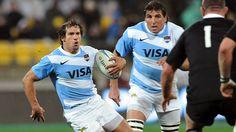 Este es el equipo de rugby de Argentina . Están trabajando muy duro . El rugby es similar al fútbol americano