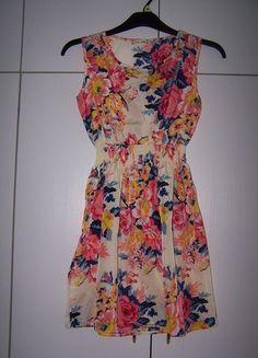 Kupuj mé předměty na #vinted http://www.vinted.cz/zeny/kratke-saty/9257519-lehke-letni-saty-s-potiskem-kvetin