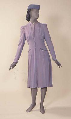 Wedding coat, rayon with glass, British, 1940 Elsa Schiaparelli, Historical Costume, Historical Clothing, Pierre Balmain, 1940s Fashion, Vintage Fashion, Christian Dior, Vintage Dresses, Vintage Outfits