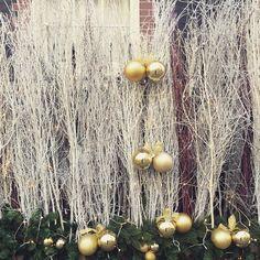 Delightful decorations outside the offices of @millerharris #merrychristmas #theperfectgentleman #fragrance #style #london #romanticgentleman #gentleman