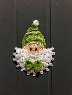 "Ponto Croche - Modernizando o ""Noelzinho"" . Maybe an elf Crochet Christmas Decorations, Crochet Ornaments, Crochet Decoration, Christmas Crochet Patterns, Holiday Crochet, Crochet Crafts, Hand Crochet, Crochet Projects, Christmas Crafts"