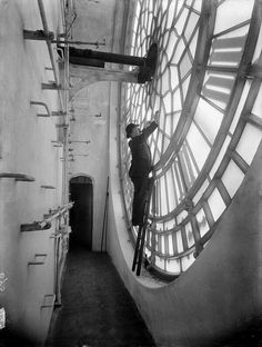Behind the face of the Big Ben clock. 1920s.