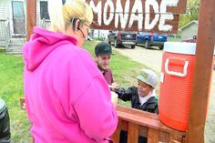 4-Year-Old Grawn Boy Opens Lemonade Stand to Earn Money for New - Northern Michigan's News Leader