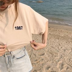 Tee Shirt Designs, Tee Design, Korean Shirts, Basic Outfits, Cute Outfits, Best Photo Poses, Embroidery On Clothes, Beige Aesthetic, Ulzzang Fashion