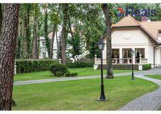 Dom na sprzedaż, Konstancin-Jeziorna, 320 m² | Morizon.pl | 4659 Old And New, Poland, Sidewalk, House, Home, Side Walkway, Walkway, Homes, Walkways