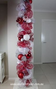 Christmas decorating your office - Christmas pole instructions. Grinch Christmas Decorations, Christmas Wreaths, Christmas Ornaments, Winter Wreaths, Christmas Ribbon, Spring Wreaths, Summer Wreath, All Things Christmas, Winter Christmas
