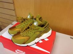 150$  6-10US-WMNS-BRONZE-GOLD-nike-huarache-634835-700-LIMITED-EDITION-5-5US