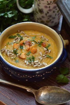 zupa krem zdyni isoczewicy Clean Eating, Healthy Eating, Cooking Recipes, Healthy Recipes, Cheeseburger Chowder, Thai Red Curry, Paleo, Food Heaven, Ethnic Recipes