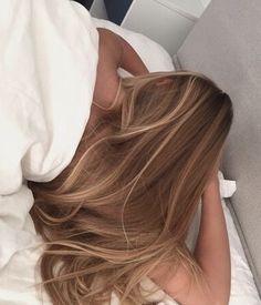 Long Hair Highlights, Brown Hair Balayage, Honey Blonde Hair, Blonde Hair Looks, Blonde Hair Inspiration, Hair Inspo, Aesthetic Hair, Light Hair, Gorgeous Hair