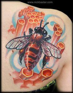 Bee and Honeycomb by Nick Baxter: Tattoo Inspiration - Worlds Best Tattoos 3d Tattoos, Body Art Tattoos, Nice Tattoos, Amazing Tattoos, Animal Tattoos, Tatoos, Honey Bee Tattoo, Honeycomb Tattoo, Tattoo Foto