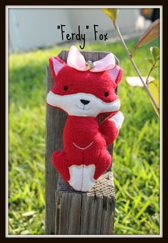 Ferdie Fox is here to add love to every Fox lover and stuffie collection...Of course there's Mr Ferdie, and babies!!!!  Bring them to YOUR den :-)
