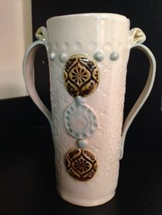 Delicate vase crafted by Michelle James Vase Crafts, Clay Crafts, Pottery Ideas, Ceramic Pottery, Sculpture Art, Wig, Cookie, Delicate, Crafting