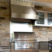 outdoor tv bamboo bar built-in grill | bamboo bar and kitchen living