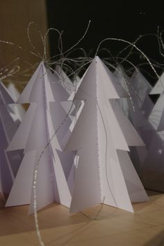 origami christmas decoration by WHITE CLOUD DESIGN /on Fler