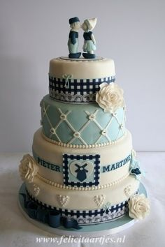 Delft Blue Cake by phoebe