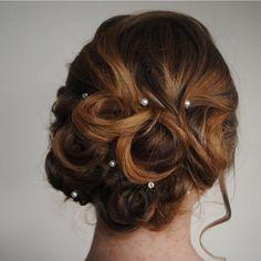 Very pretty bridal hair
